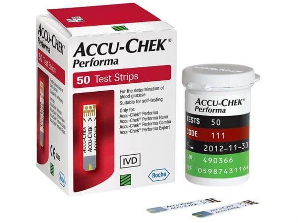 Hộp 50 que đường huyết Accu-Chek Performa